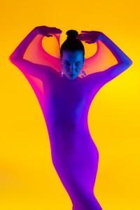 denisa fine art nude with color gels in studio in mainz 08