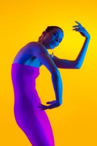 denisa fine art nude with color gels in studio in mainz 05