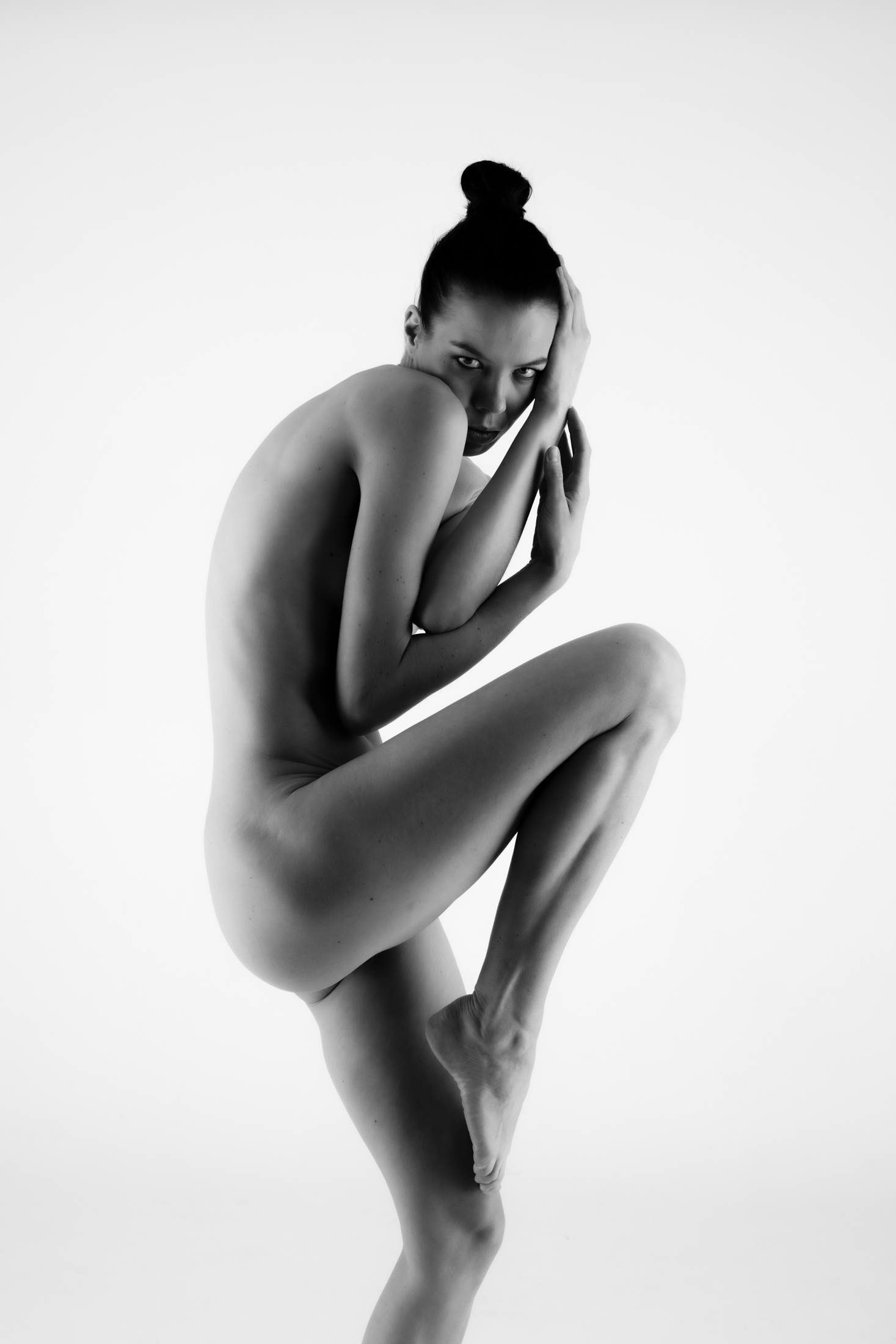 denisa fine art nude in studio in mainz 06