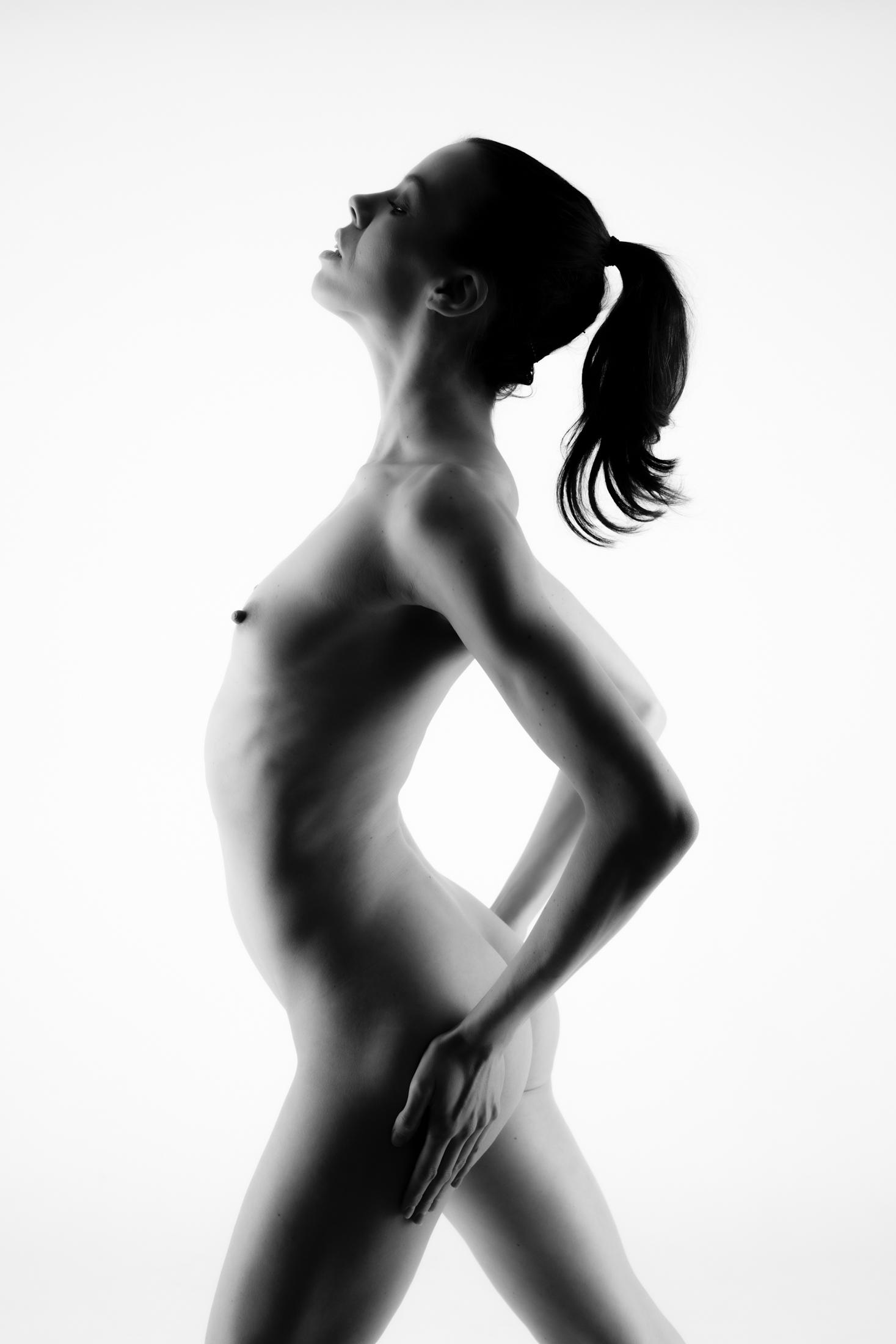 denisa fine art nude in studio in mainz 08
