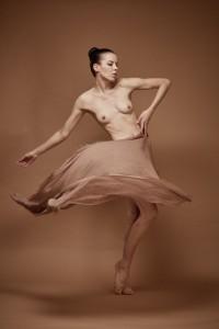denisa sculptural art nude in studio mainz 07
