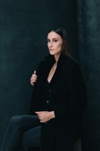 katharina portrait in studio in mainz 01