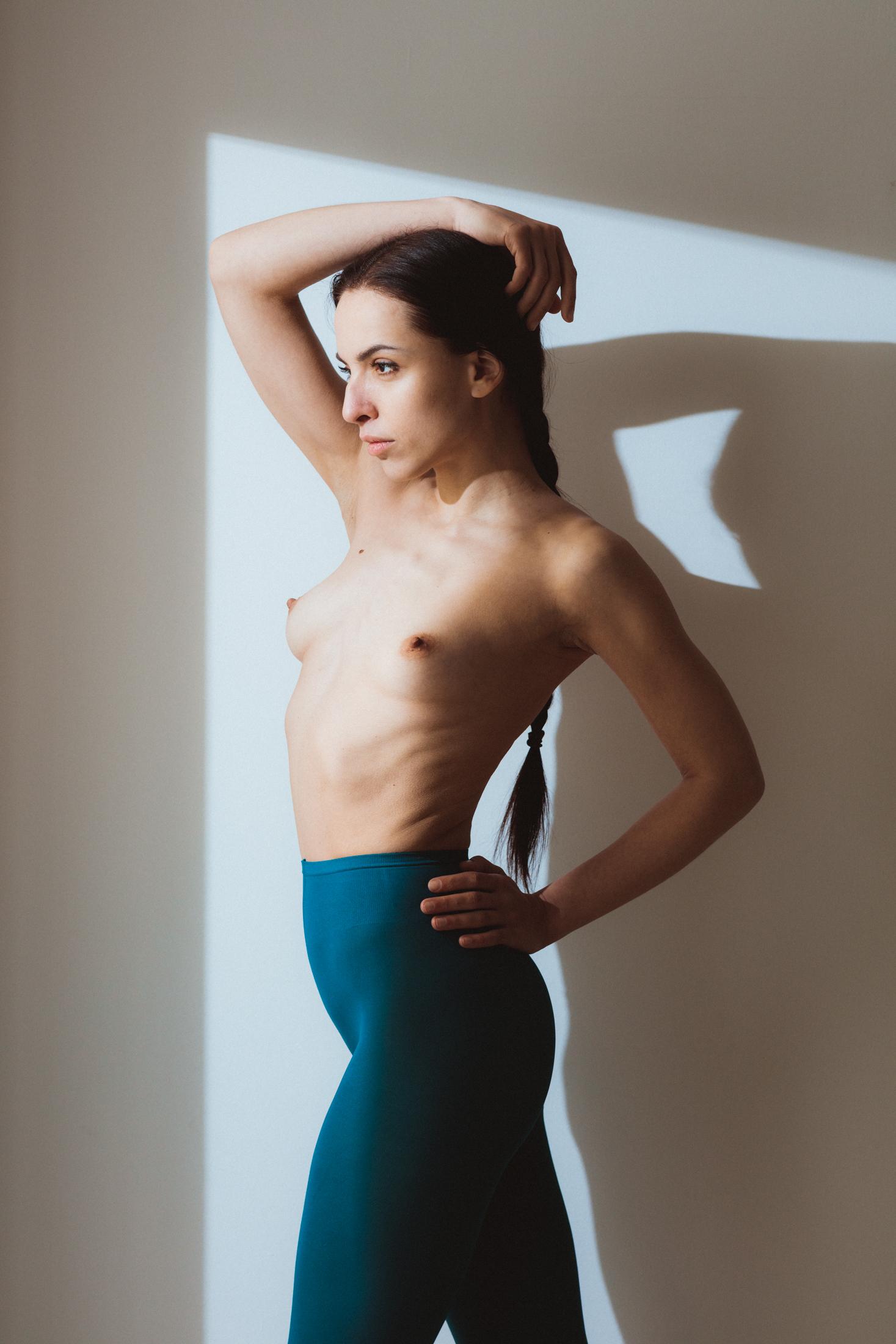 olenka art nude portrait in studio frankfurt 05