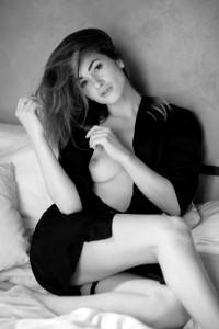 tereza sensual portrait in studio frankfurt 01