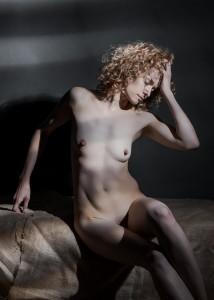 yolanta sensual portrait in studio in frankfurt 05
