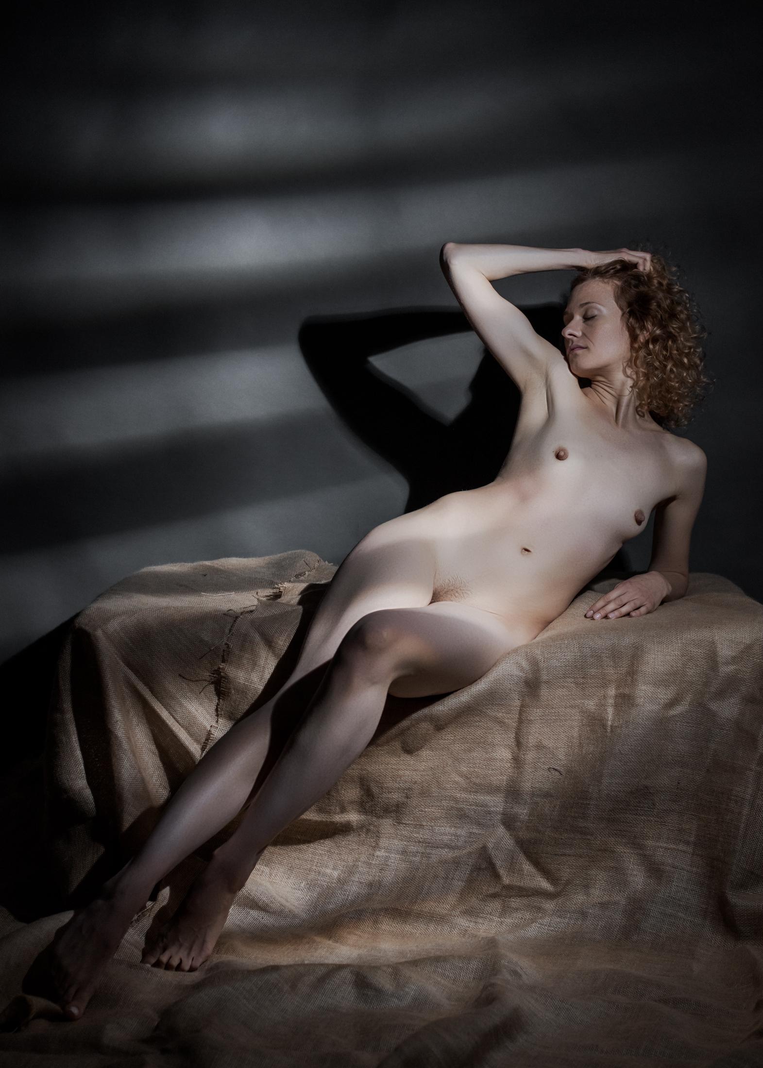 yolanta sensual portrait in studio in frankfurt 06